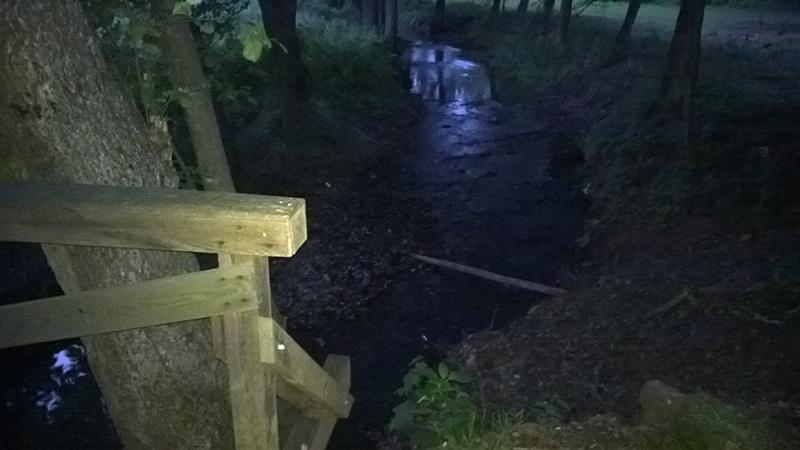 Luční potok v obci Rudník
