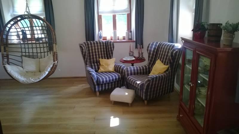 Ušáky v obývacím pokoji